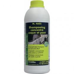 M.4605 : Shampooing...